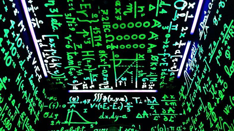 Licence académique Mathématiques et Informatiques Appliquées à la Gestion des Entreprises (MIAGE)